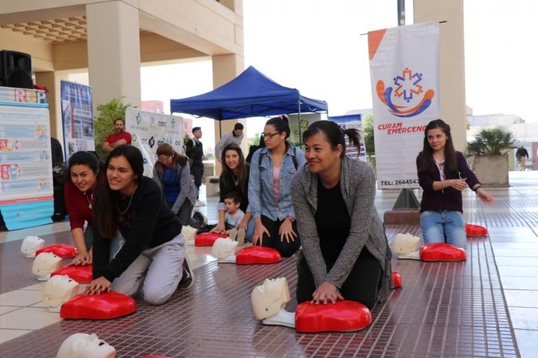 Estudiantes aprendieron procedimientos básicos de emergencias para salvar vidas