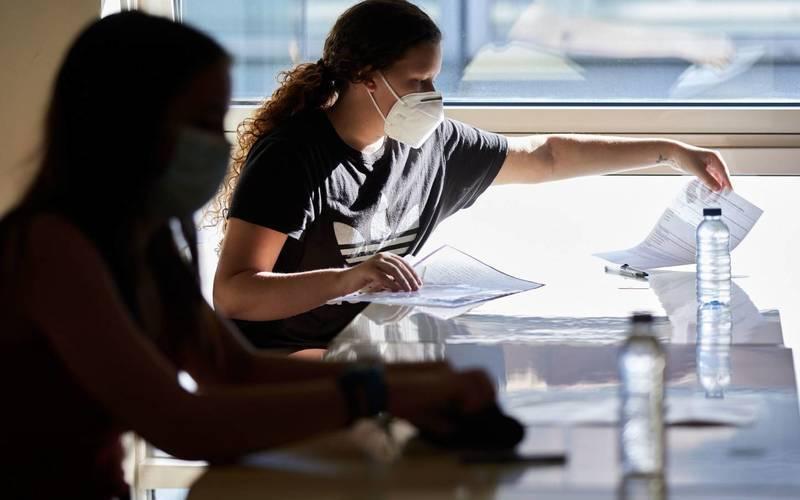 El Gobierno habilitó la vuelta de las clases presenciales en universidades: cómo se implementará