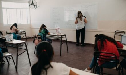 <h6>Estudiantes acompañados</h6><h1>Más de mil alumnos acreditaron saberes a través de las tutorías de Acompañar Prasir</h1>