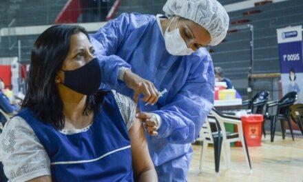 Comenzarán a aplicar la vacuna contra el coronavirus a Docentes de Apoyo a la Inclusión (DAI)